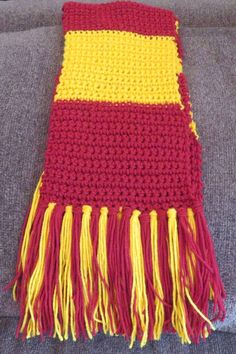 Crochet: Harry Potter 1st Year Scarf- for children * Shannon's Grotto Hobbies To Try, Hobbies That Make Money, Diy Crafts And Hobbies, Harry Potter Scarf, 1st Year, Crochet For Kids, Diy Clothes, Crochet Hooks, Two By Two