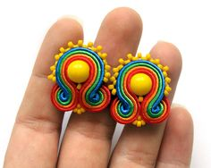 Post earrings soutache rainbow orecchini ohrringe red green orange gift for her wholesale earrings Daughter gift Wife Girlfriend Bridesmaids Diy Tassel Earrings, Soutache Necklace, Beaded Earrings, Earrings Handmade, Stud Earrings, Diy Lace Ribbon Flowers, Hippie Jewelry, Fabric Jewelry, Beading Tutorials