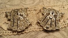 CHARMING Pair of DECO Design Rhinestone Dress Clips by ceiltiques