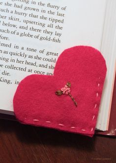 Crafted Spaces: Valentine Felt Heart Bookmark