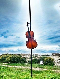 Violon d'un champ harmonique, Les Goudes, Marseille by @Kali_Story