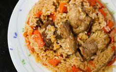 Kuzu etinin lezzeti, havuç, sarımsak ve soğanın aroması yanı sıra tane tane dökülen pirinci ile vitamini bol, doyumsuz bir yemek Özbek pilavı tarifi.