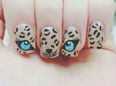 Bild über We Heart It https://weheartit.com/entry/165464329 #beautiful #blue #eyes #nails #tiger #tigre #unghie #bellissime