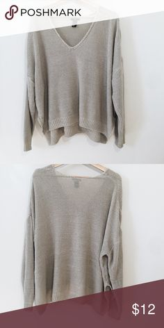 H and m sweater Good condition H&M Sweaters V-Necks