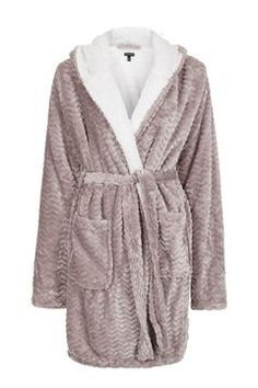 TALL Chevron Teddy Bath Robe - Topshop USA I have a robe, but this one looks fluffier AND has ears! I'd probably take a medium. Cute Sleepwear, Pajama Outfits, Cool Outfits, Fashion Outfits, Cute Pajamas, Pause, Pyjamas, Nightwear, Night Gown