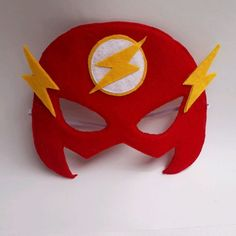 Superhero Birthday Party, Birthday Party Themes, The Flash Mask, Diy Home Crafts, Crafts For Kids, Flash Marvel, Mexican Party, Fantasy Costumes, Kids