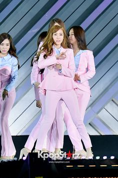 Girls Generation[SNSD] Performed at The 20th Anniversary of the 'We Love Korea 2014 Dream Concert' - Jun 7, 2014 [PHOTOS1] http://www.kpopstarz.com/tags/girls-generation