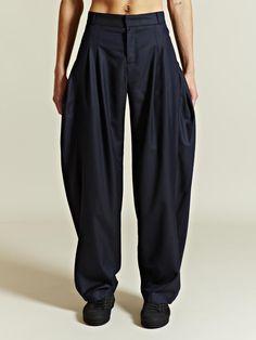 7f5782259714 J.W. Anderson Men s Pleated Bag Trousers Pantalons Pour Hommes, Pantalon,  Rue Hommes, Yamamoto