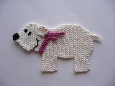Eisbär mit Schal