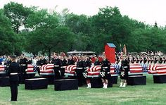 Repatriation ceremony for 28 American soldiers discovered in 1987 in Fort Erie. Soldiers were from the #Warof1812  http://discover1812.blogspot.ca/2013/06/pain-suffering-and-death-at-snake-hill.html