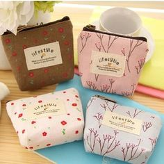 Buy Lover's Kiss Floral Coin Purse at YesStyle.com! Quality products at remarkable prices. FREE WORLDWIDE SHIPPING on orders over CA$ 45.