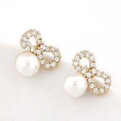 Brincos Simulated Pearl Earrings for Women Crystal Boucle d'oreille Femme Butterfly Fashion Jewelry Stud pendientes bijoux