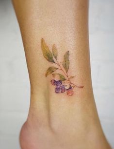 Gno watercolor berry blueberry tattoo