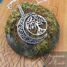 Collier elfique argenté pendentif croissant de Lune Arbre de Vie Yggdrasil médiéval fantasy bijou païen celte druide wicca ésotérisme mariage magie mabon cadeau noël atomne