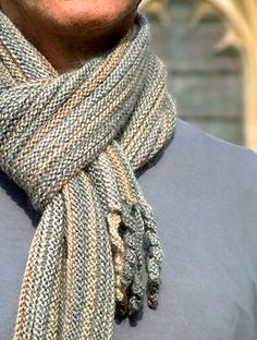 Preppie Scarf - reversible, knitted sideways, with a curly fringe - free pattern by Anni Howard