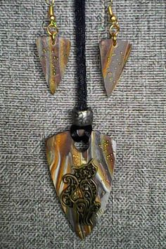 COLLIER CHAT PENDENTIF CHAT SAUTOIR CHAT RAS DU COU CHAT BOUCLES D'OREILLES PENDANTE MARRON OR : Collier par bijoux-bambou
