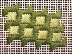 Awesome site with lots of hints and stitches - This stitch would be good for both plastic canvas and for needlepoint MULTIPUNTOS PARA ESTERILLA. Broderie Bargello, Bargello Needlepoint, Needlepoint Stitches, Needlepoint Canvases, Needlework, Plastic Canvas Stitches, Plastic Canvas Crafts, Plastic Canvas Patterns, Machine Embroidery Projects