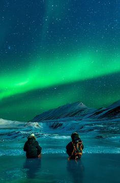 One of the world's most dazzling natural phenomenons, few travel experiences can top witnessing the Northern Lights. And Norway is a pretty safe bet for where to see them. Click pin through to post for tips.