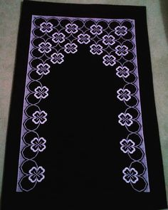 Prayer Rug, Bargello, Hand Embroidery, Diy And Crafts, Diamond, Jewelry, Instagram, Bath Towels & Washcloths, Cross Stitch