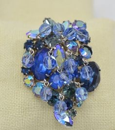 KRAMER Cascading Crystal 3D Brooch Shades of Blue Vintage Signed Pin #Kramer