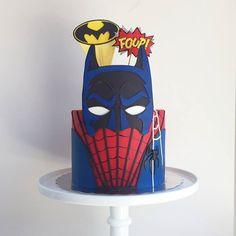 superheroes cake