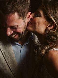 Ensaio casal durante mini wedding em um restaurante em SP.