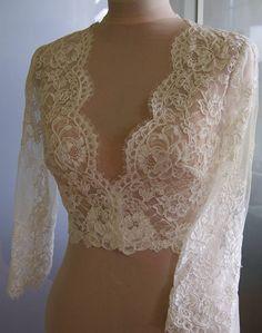 Pas cher Wraps de mariée blanc et ivoire veste de mariage accessoires de mariée en dentelle Casamento, Acheter  Tenue de mariage de qualité directement des fournisseurs de Chine: