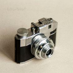 Vintage 1950s Italian CMF BENCINI Comet II Spy Camera & Leather Case by…