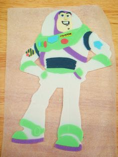 As I mentioned on Facebook, I'm gonna do a tutorial on how to make a 2D Buzz Lightyear figure! It's been a while since I made a tutorial. I...