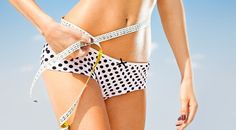 When you lose a few unwanted pounds, you may not experience loose skin after weight loss. However, when your weight loss goal is to drop 20 pounds (or more), you need to remember these 20 tricks to tighten sagging skin after weight loss. Natural Skin Tightening, Skin Tightening Cream, Weight Loss Goals, Weight Loss Program, Beautiful Hips, Vida Natural, Dukan Diet, Hcg Diet, Loose Skin