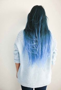 blue ombre hair- i prob would never do this myself, but its cool to look at!