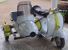 choose a sidecar for your vintage Vespa scooter here
