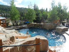 Where to stay in the #Keystone mountain resort area of @vailresorts for all budgets. #mountainambassadors