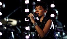 "Rihanna: ""Diamonds"" - The Voice.this kinda made my tear up tonight. The Voice Videos, Music Videos, Rihanna Diamonds, Show Dance, Reality Tv Shows, Bruno Mars, Hit Songs, Iconic Women, Season 3"