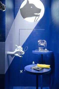 (A través de CASA REINAL) >>>> window store display, Hermes, Milan, August 2014 Window Display Design, Shop Window Displays, Store Displays, Visual Merchandising Displays, Visual Display, Retail Windows, Store Windows, Marketing Visual, Hermes Window