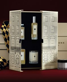 Jo Malone London | Theatre of Christmas | House of Jo Malone London