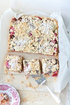 rhubarb crumble cake. need to translate