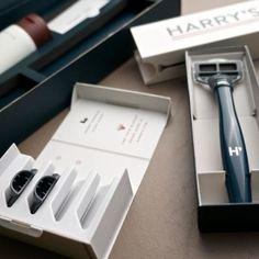 Unboxing Harry's shaving gear, including Nautilus Blue 'Truman' razor handle and 5-blade cartridges
