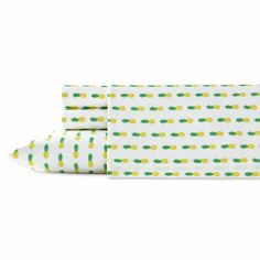 Product Image for Poppy & Fritz® Pineapples Sheet Set 1 out of 2