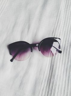 22fa7b826ac6e0 Image about summer in Sunglasses👓 by Yosunn on We Heart It. Soleil  NoirLunettes ...
