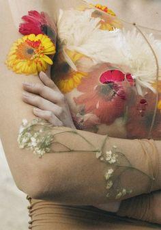 Photographed by Raffaele Cariou for Novembre Magazine