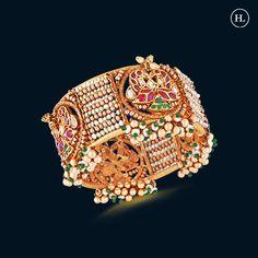 Gold Bangles Design, Gold Jewellery Design, Gold Jewelry, Jewelry Accessories, Diamond Jewellery, Gold Necklace, Pendant Necklace, Hazoorilal Jewellers, Gold Set