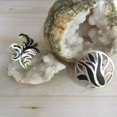 Zilveren ring Stro en Anemone. Zilver, koud-emaille. Unieke ontwerpen van www.karenklein.eu