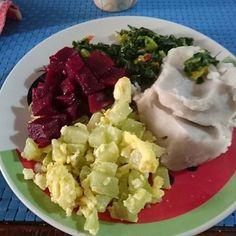 Almocinho 2 colheres d Chuchu com ovo 3 colheres depure de inhame 2 colheres de beterraba e couve refogada by gordinhaemapuros http://ift.tt/20HjPtj