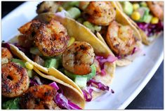The ultimate taco for the season, light and flavorful with a bit of sweetness and zest! These shrimp tacos are sure to impress! Shrimp Taco Recipes, Shrimp Tacos, Mexican Food Recipes, Shrimp Avocado, Heart Healthy Recipes, Healthy Meals, Mixture Recipe, Lime Cream