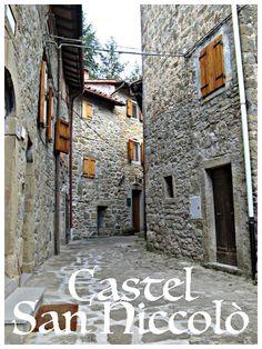 Castel San Niccolò, provincia di Arezzo, trovi i nostri prodotti presso: - Alimentari F.lli Aloigi, via Roma 39/41