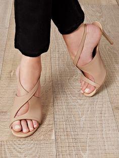 Stella McCartney heels. LOVE.