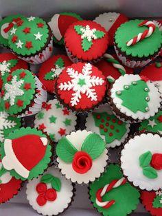 Bu gün komşumun kızı Derin için bu cupcake leri hazırladım.Onlar çok beğendiler.Umarım sizler de beğenirsiniz.Aşağıda verdiğim ölçülerle 25-...