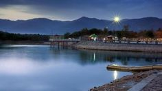 Fantastic lake view of beautiful Islamabad Pakistan Pakistan Reisen, Pakistan Tourism, Pakistan Travel, Islamabad Pakistan, Tourist Places, Tourist Sites, Travel Deals, Travel List, Travel Guide