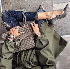 Taupe Gucci Dionysus bag , grey pumps